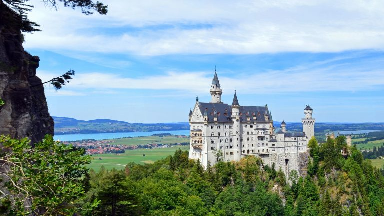 Mythos Bayern Schloss Neuschwanstein Urlaub Landesausstellung