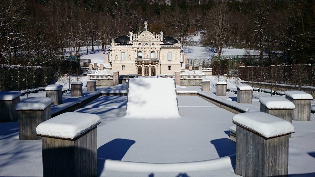 Schloss Linderhof Wanderung Bayern Urlaub Oberammergau